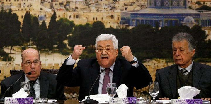 """""""المركزي"""" يكلف اللجنة التنفيذية لمنظمة التحرير الفلسطينية بتعليق الاعتراف بإسرائيل"""