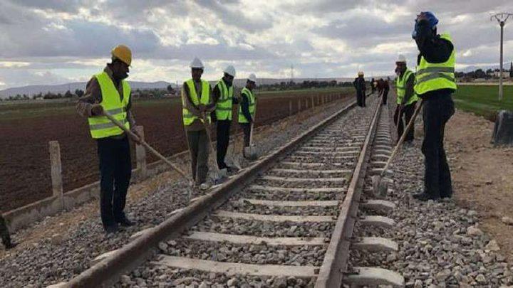 النقل السورية تباشر في مد سكة حديدية