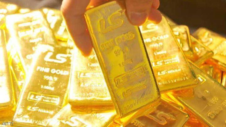 الذهب يلامس أعلى مستوى في 4 أشهر