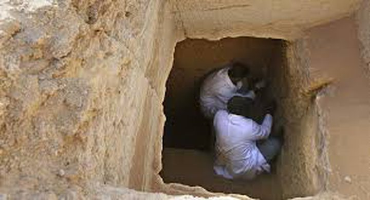 اكتشاف مقبرة منحوتة في الصخر في مصر