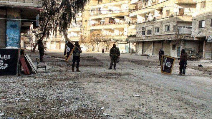 اشتباكات عنيفة على أطراف مخيم اليرموك بين الفصائل المسلحة وداعش