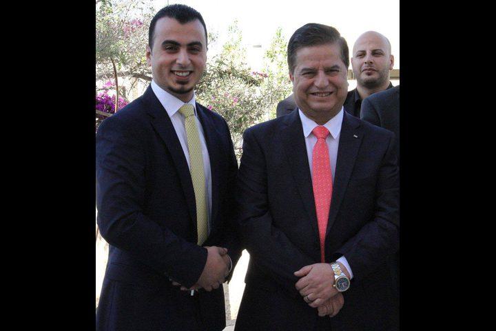 اتحاد المستشفيات العربية يمنح وزير الصحة جائزة الشخصية العربية الصحية 2018