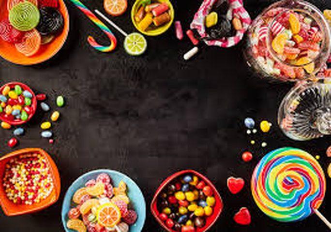 أطعمة لايقاف الرغبة المستمرة في تناول الحلويات