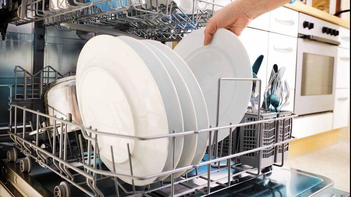 غسالات الأطباق تسبب التسمم الغذائي