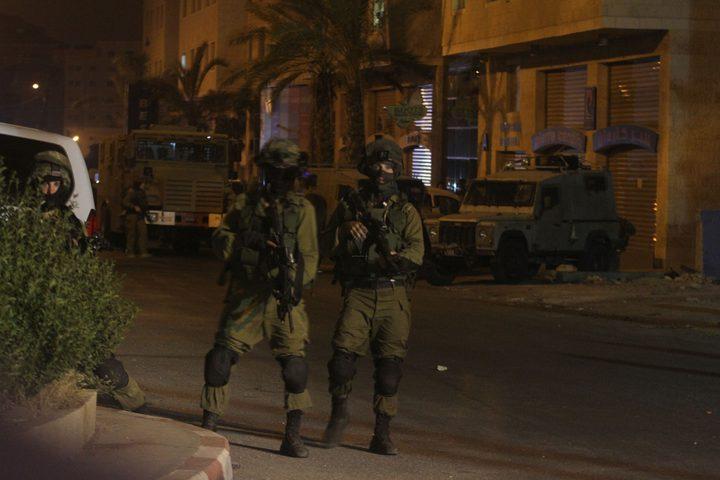 الاحتلال يقتحم بلدة حزما قرب القدس