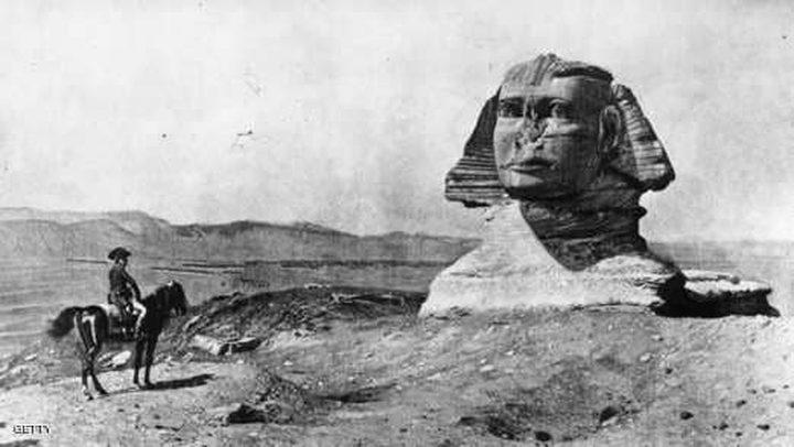 لوحة تاريخية تبرئ نابليون من تحطيم أنف ابو الهول