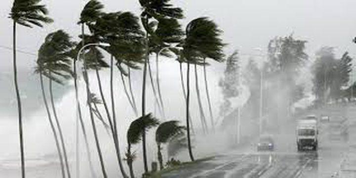 حالة الطقس: هطول أمطار غزيرة حتى المساء وأجواء شديدة البرودة ورياح عاتية