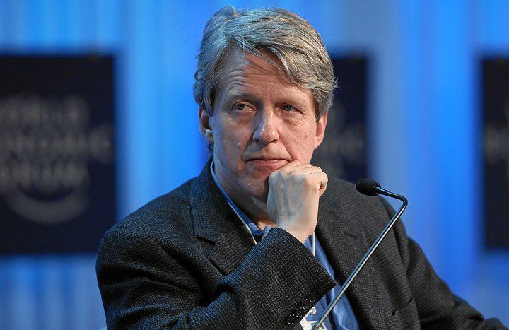 """حائز على جائزة نوبل: مستقبل """"بيتكوين"""" كمصير الخزامى"""