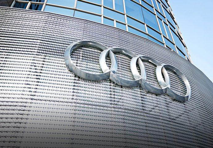 """Audi"" تتلقى أمرا باستدعاء 127 ألف سيارة بسبب الانبعاثات"