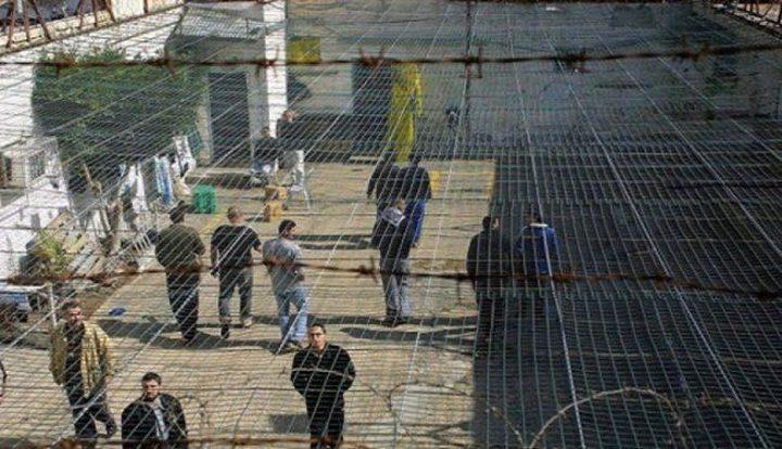 أسرى سجن النقب يعانون ظروفاً صعبة نتيجة المنخفضات الجوية