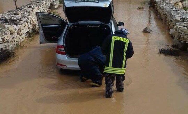 بالصور: 305 حادث اطفاء وانقاذ خلال اسبوع