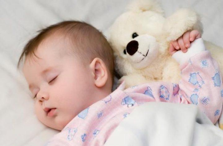 فائدة اطالة الرضاعة الطبيعية لطفلك