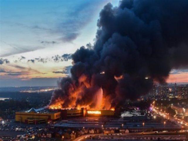 مصرع ثلاثة أشخاص بحريق في موسكو