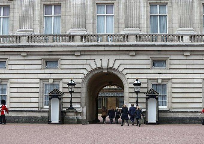 القصر الملكي البريطاني يعلن وظيفة شاغرة بهذه الميزات