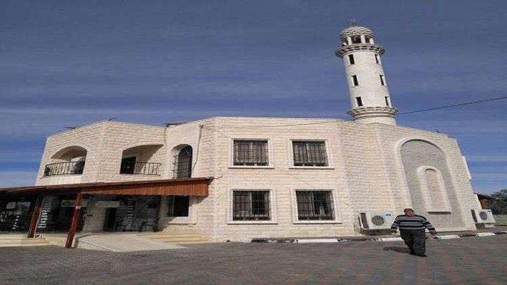 افتتاح أول مسجد يعمل بالطاقة الشمسية في الضفة الغربية