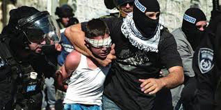 مستعربون يهاجمون ويحتجزون طلابا من مدرسة شرق رام الله