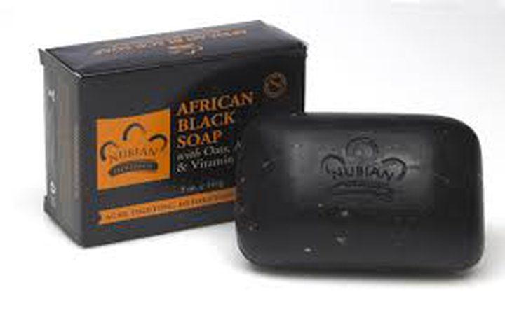 فوائد الصابون الأسود الإفريقي للتخلص من عيوب البشرة