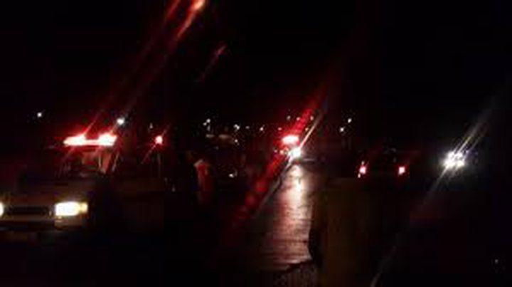 مستوطنون يهاجمون مركبات المواطنين غرب رام الله