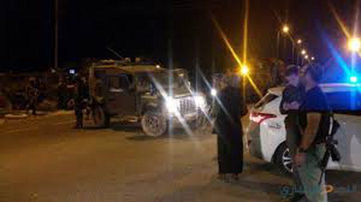 """مستوطنون يحتشدون على مدخل مستوطنة """"حلميش"""""""