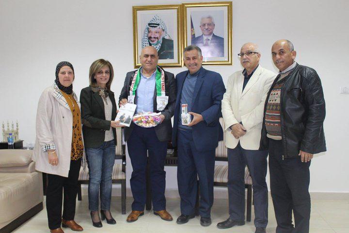 وزارة الثقافة تكرم بلدية نابلس
