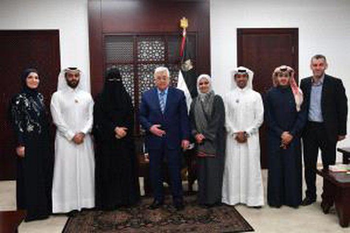 الرئيس يستقبل وفداً من مؤسسات المجتمع المدني القطرية