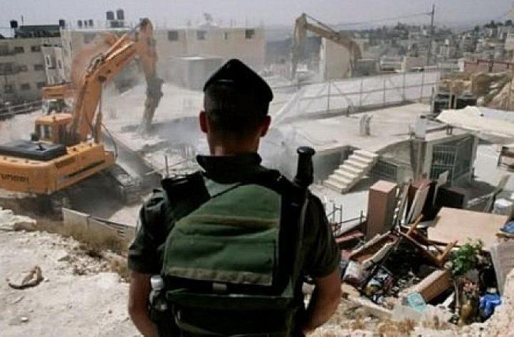 الاحتلال يخطر بهدم ثلاثة منازل في بيت لحم