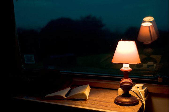 """الضوء الخافت يسبب """"الكسل الدماغي """""""