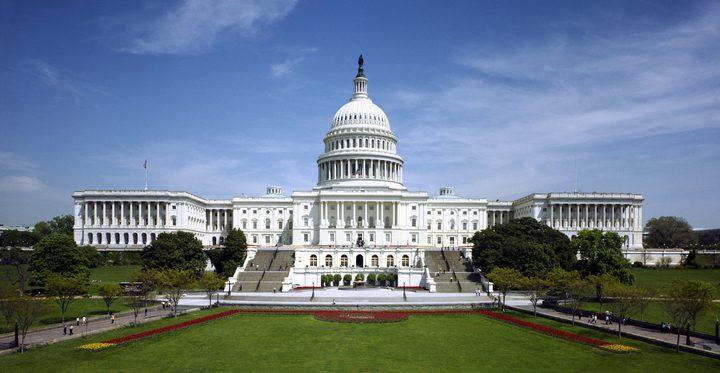 سكرتير موظفي البيت الأبيض يستقيل من منصبه