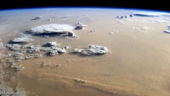 """إكتشاف خطير :الأمطار """"تعيد"""" ملايين الفيروسات إلى الأرض"""