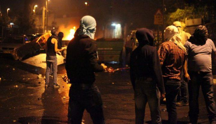 اقتحام جنوب نابلس وقوات الاحتلال تطلق قنابل الغاز وسط مواجهات عنيفة