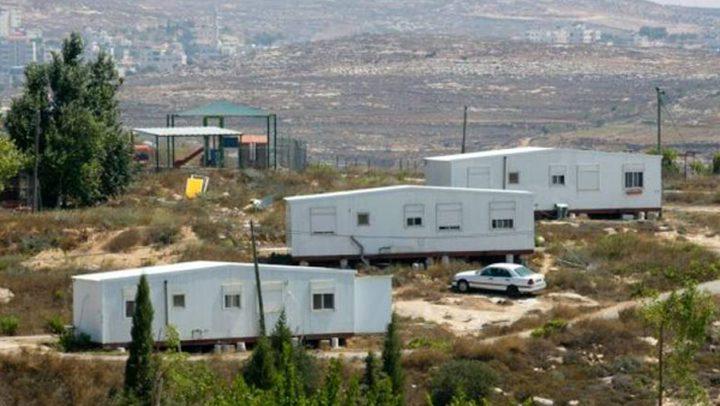 """مستوطنون يضعون أربعة كرفانات على أراضي """"جبل صبيح"""""""