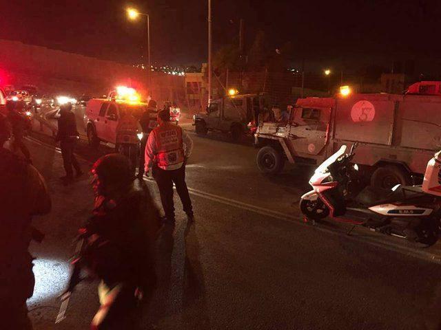تفجير عبوة ناسفة على حاجز بالخليل وقوات الاحتلال تهرع للمكان