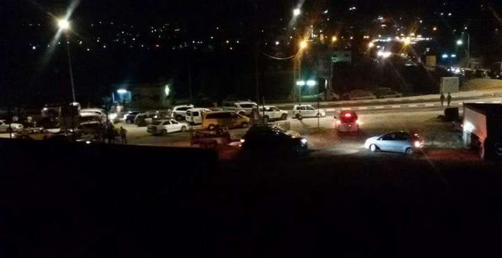 قوات الاحتلال تعيد فتح حاجز حوراة جنوب نابلس