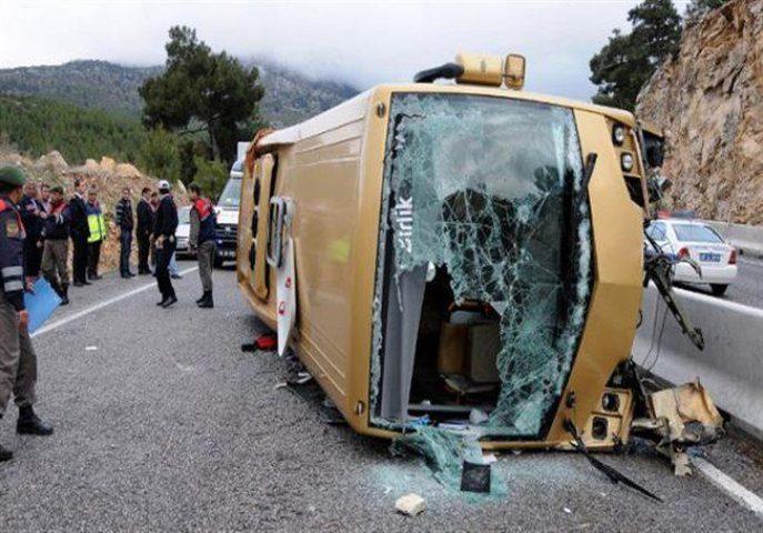 19 قتيلا في انقلاب حافلة في هونغ كونغ