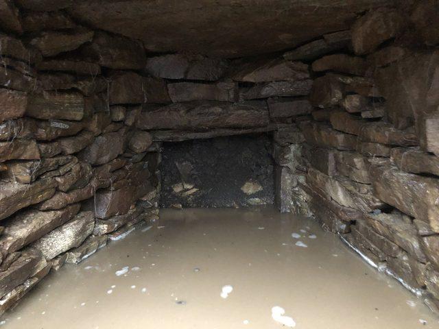 العثور على ثلاجة تحت الأرض عمرها 2000 عام