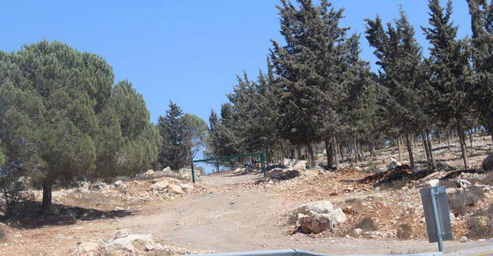 الاحتلال يغلق بوابات توصل لأراضٍ زراعية جنوب بيت لحم