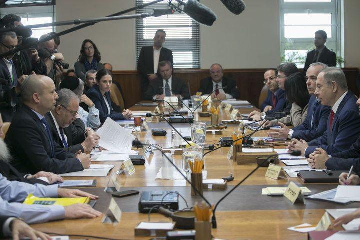 الكابينيت الإسرائيلي يدرس توجيه العمل العسكري ضد إيران