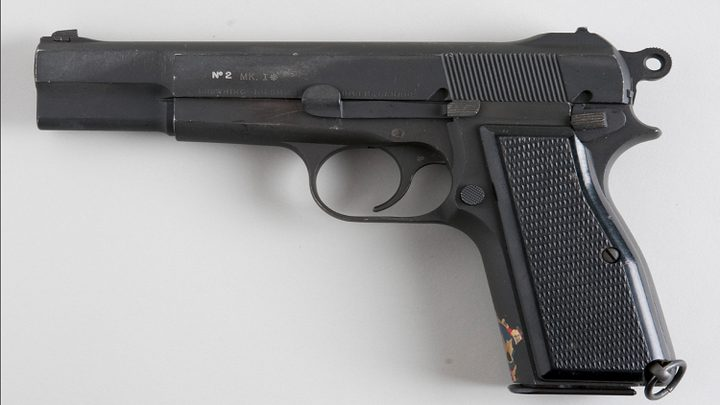 براونينغ تتخلى عن أشهر مسدساتها