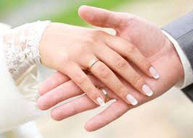 ابتعدوا عن الزواج في عيد الحب!