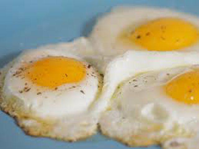 لماذا يجب تناول البيض يوميا؟