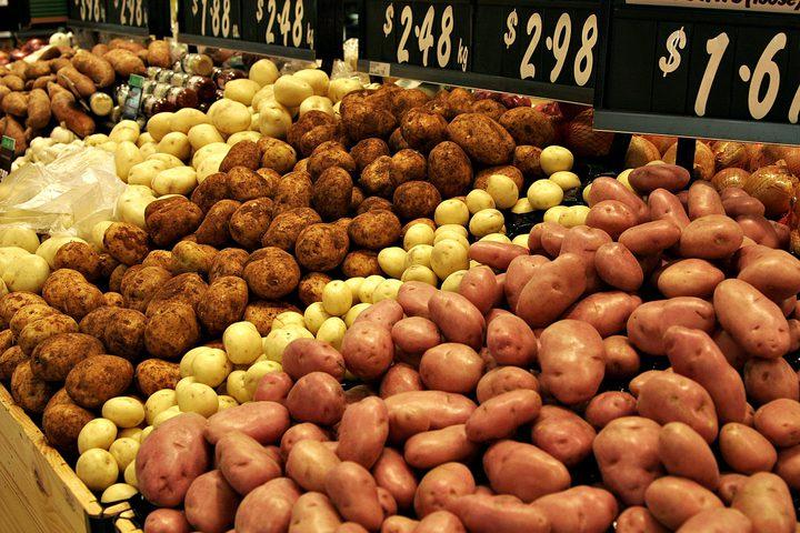 خبراء : البطاطا نظام كامل يمكن أن يتناولها الإنسان طوال حياته