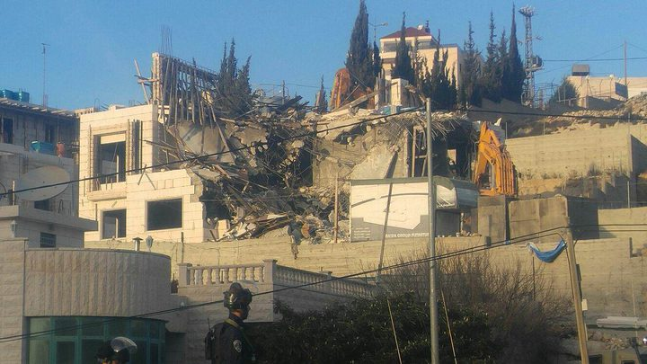 الاحتلال يهدم منزلا شمال غرب الخليل