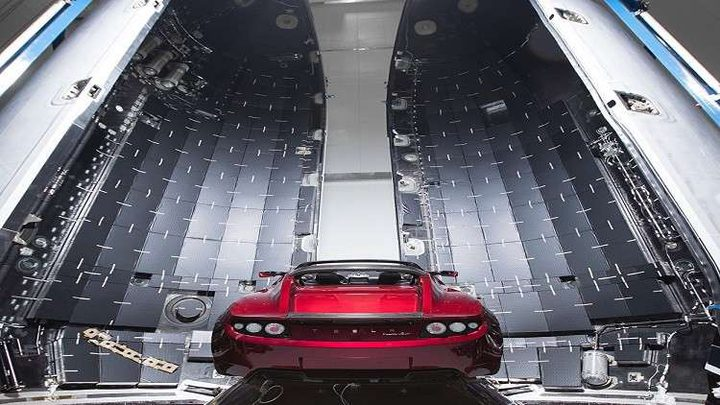 """بيانات جديدة عن وجهة """"تسلا"""" في الفضاء"""