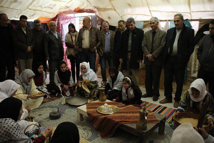 الهوية الفلسطينية للتراث الشعبي بين الأهزوجة والمهباش(صور)