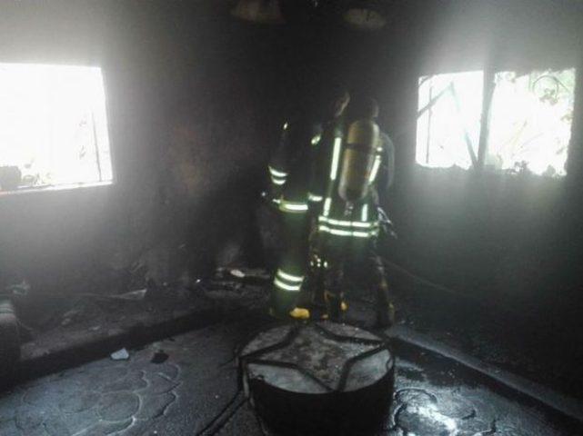 السيطره على حريق منزل في جنين