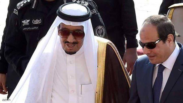 العاهل السعودي يجري اتصالا هاتفيا بالرئيس المصري