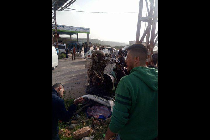 مصرع شخصين واصابة 3 اخرين في حادث سير مروع غرب سلفيت(فيديو)