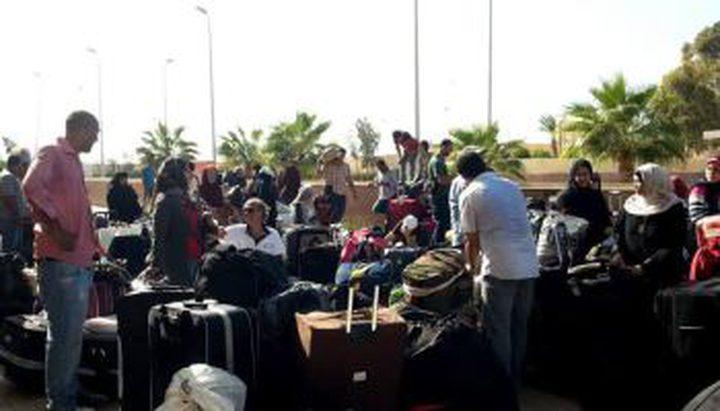 سفارتنا بالقاهرة تؤكد أنها خصصت خلية أزمة لمتابعة تطورات أزمة المواطنين العالقين