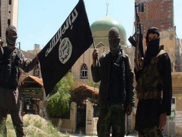 """""""أشبال الخلافة"""" كذبة داعش لغسيل دماغ أطفال مخيم اليرموك"""