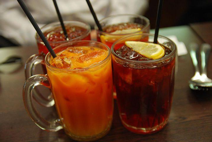 مشروبات يجب عدم تناولها بعد العشاء!